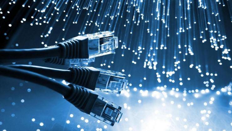 SCEGLIERE LA CONNETTIVITA' INTERNET PER LA TUA IMPRESA